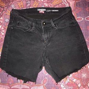 Levi's DIY shorts
